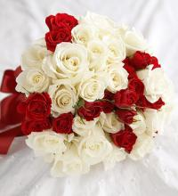 Rose & Spray Rose Attendant Bouquet